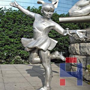 不锈钢小女孩雕塑