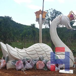 天鹅造型雕塑