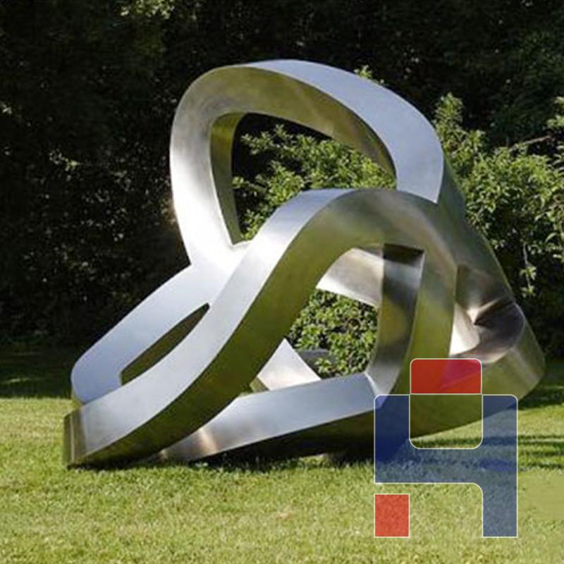 园林不锈钢抽象雕塑.jpg